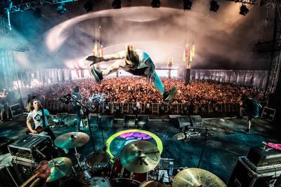 Achter de schermen: fotograaf Bart Heemskerk maakt de muziekwereld weer spectaculair