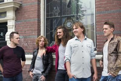 Indie-Rockband Identity Circus verovert op zijn eigen manier Nederland
