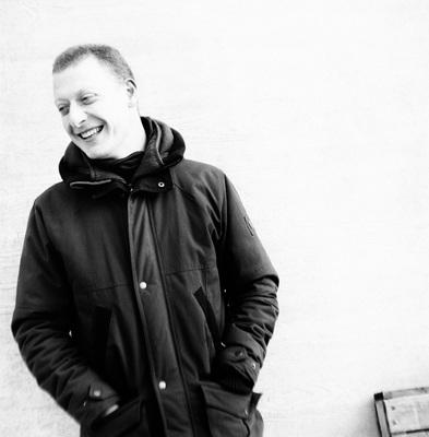 Achter de schermen: muziekjournalist Jasper van Vugt