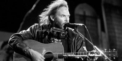 Hoe Neil Young mij inspireerde om eigen nummers te schrijven