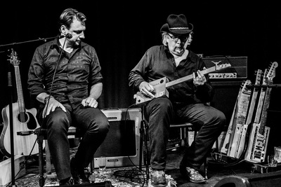Gumbo & The Monk over de kracht van Blues en de Cigar Box Guitar