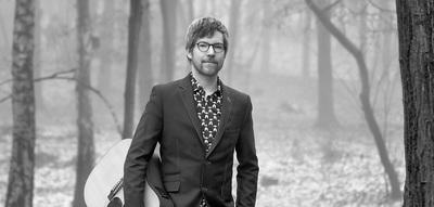 Singer songwriter Etan Huijs zit in een Gigstarter flow