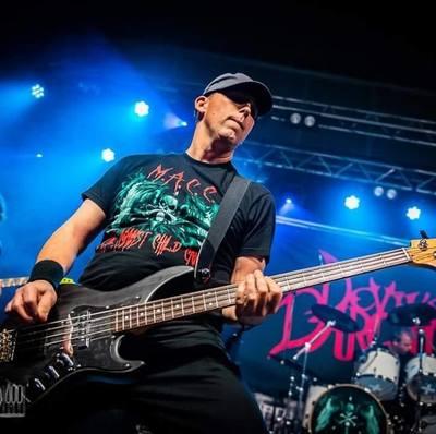 Rocken gegarandeerd met Devil's Bargain en REL - Rock En Lol!