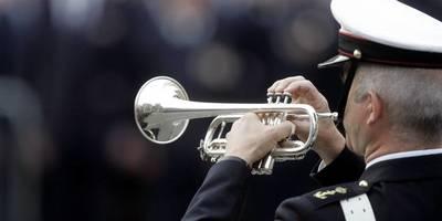 Speel je een blaasinstrument? Speel vanavond de taptoe tijdens de Nationale Herdenking