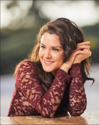 Entrevista en vivo con Miriam Luna