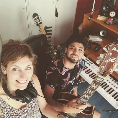Rencontrez Curry, un duo pop-folk qui fait voyager