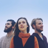 Flecha Moon & The Confused, Indie Rock, Singer-songwriter, Folk band