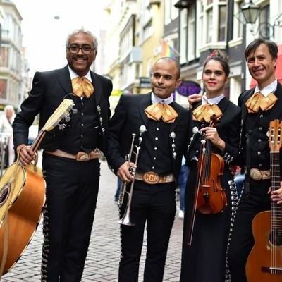 Los Mezcales, Cumbia, Mariachi, Wereldmuziek band
