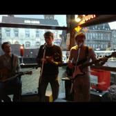 Drietal, Singer-songwriter, Pop band