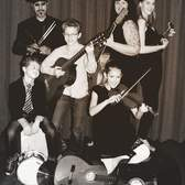 Marrit Anne en Crew, Akoestisch, Singer-songwriter, Folk band