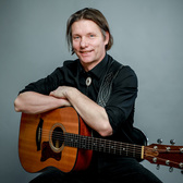 Stain, Akoestisch, Singer-songwriter, Pop soloartist