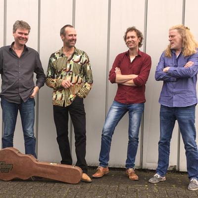 Troubadour, Tributeband, Muziektheater, Singer-songwriter band