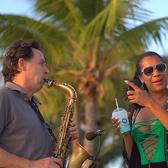 Jan van Oort Saxofonist ook met DJ, Allround, Deep house, Pop soloartist