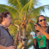 Saxofonist Jan van Oort ook DJ en Sax, Pop, Dance, House soloartist