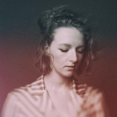 Ella East, Pop, Singer-songwriter, Electronic soloartist
