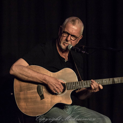 Rowland Jones, Americana, Akoestisch, Blues soloartist