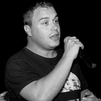 Mike Hofstede , Volksmuziek soloartist