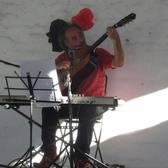 Charly Montalvo, Akoestisch, Rock, Volksmuziek soloartist