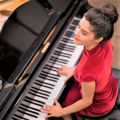 MIRIAM LUNA, Akoestisch, Jazz, Bossa nova soloartist