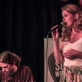 Hedwig & De Roode, Folk, Singer-songwriter, Pop band