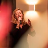 Anita Sanders, Easy Listening, Bossa nova, Kleinkunst ensemble