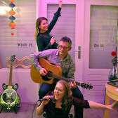 Menni More, Akoestisch, Easy Listening, Chill out band