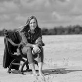 Emma Lou, Kleinkunst, Pop, Nederpop soloartist