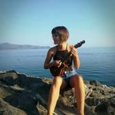 Maria Isas, Akoestisch, Jazz, Indie Rock soloartist