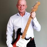 John Hills, 60s, 70s, Allround soloartist