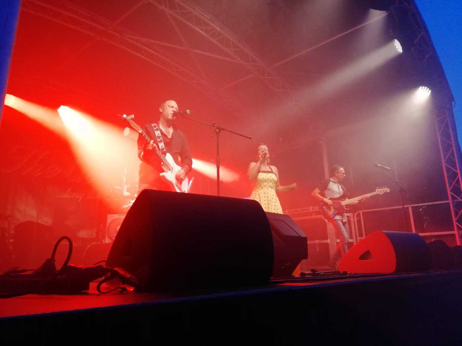 Soundwave Band Aus Zwickau 100 Livemusik Rock Pop Oldies