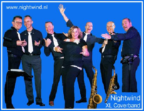 Coverband nightwind groepsfoto licht blauw 400