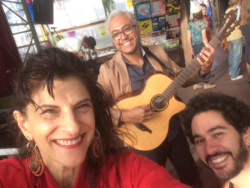 Guitar latino latin trio